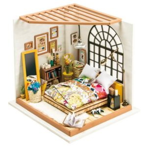 DIY Alice's Bedroom House Miniature