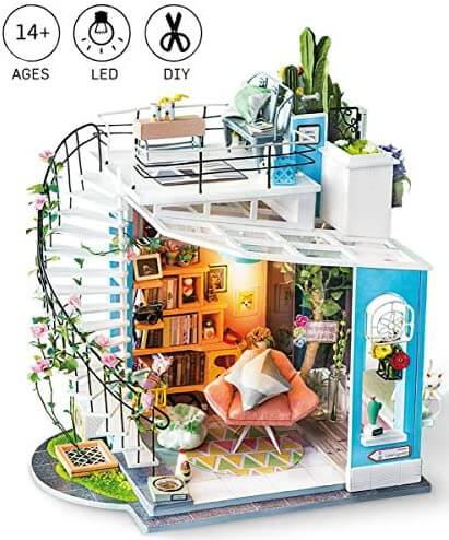 DIY Dora's Loft House Miniatures