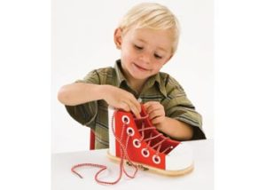 M&D Wooden Lacing Sneaker