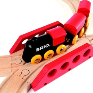 Brio 33028 Classic Travel Figure 8 Set
