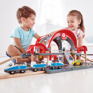 Hape Grand City Station 45pcs